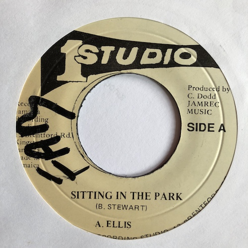 A  Ellis / Sound Demension Band - Sitting In The Park